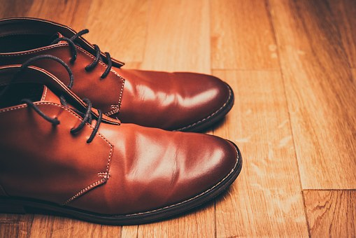 【メンズ】ビジネス革靴でおしゃれな高級ブランドはどれなのか?人気のおすすめのみを3つ紹介!