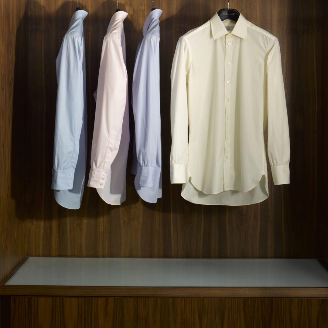 【メンズ】高級シャツブランドを5つファッションブロガーが紹介!スーツよりも大事かも!?